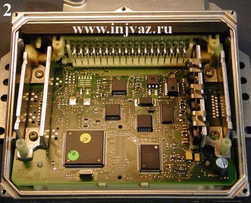 BOSCH МР 7.0 (Фото 2) для изменения рабочих характеристик двигателя перепрограммируется специальным программатором на...